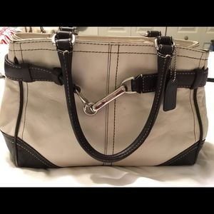 Coach Leather Purse. Ivory and Brown